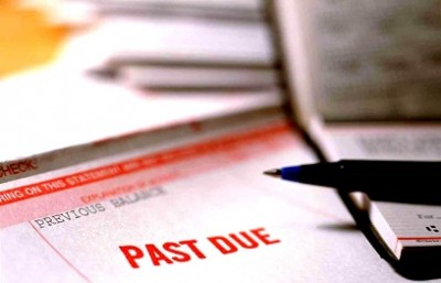 manage late payments